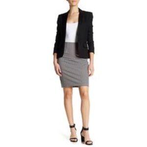Amanda + Chelsea NWT black/white pencil skirt